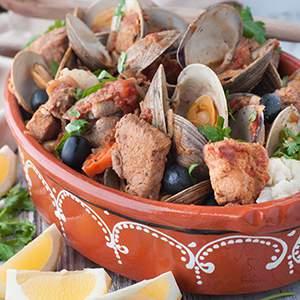 Portuguese Style Pork and Clams (Carne de Porco à Alentejana)