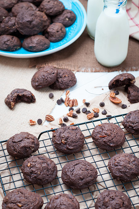 Chocolate Chocolate Chip Pecan Cookies