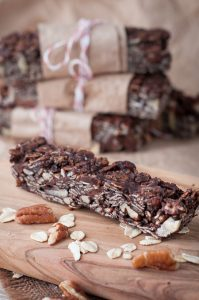 Dark Chocolate Pecan Granola Bars